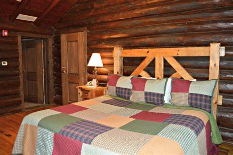 Lodge Rooms at Starved Rock LodgeStarved Rock Lodge