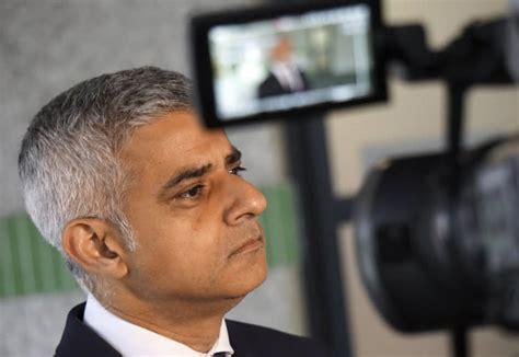 London Mayor Khan Put away the red carpet before Trump