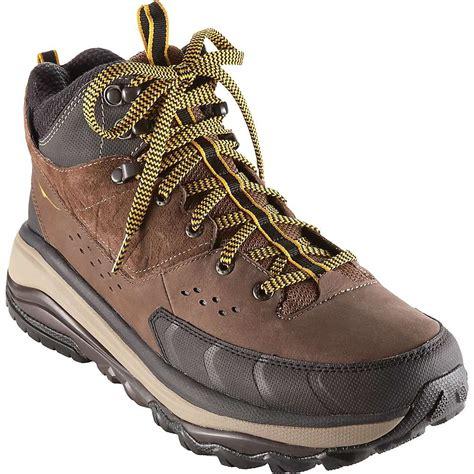 Men s Hiking Boots Waterproof Hiking Boots Moosejaw