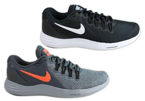 Men s Lightweight Running Shoes Nike