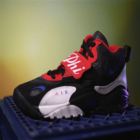 Men s Nike Clothes Foot Locker