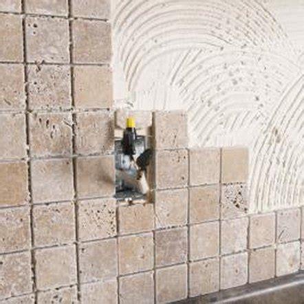 Mortar vs Tile Adhesive When Installing a Backsplash