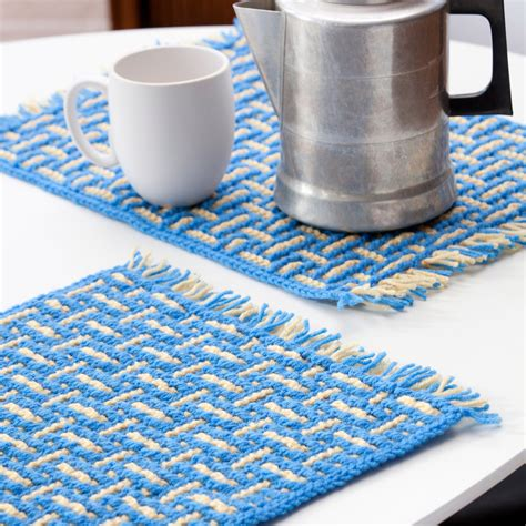 Mosaic Basketweave Placemat Red Heart