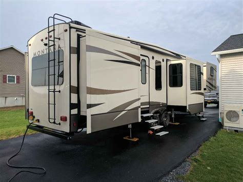 montana 5th wheel floor plans images 327res floor plan 5th new used 5th wheel montanas keystone montana rvs