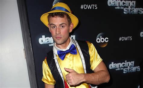 Nick Viall Wants to Read You a Bedtime Story Listen to a