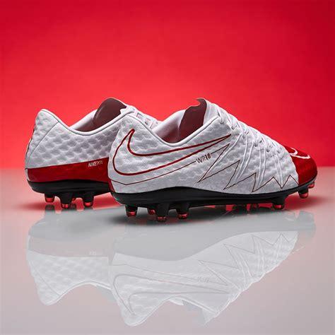 Nike Hypervenom Phinish II SE FG Mens Boots Firm