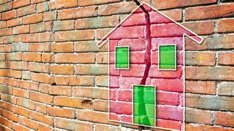 Open House Red Flags 10 Things to Look for When Buying a