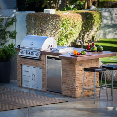 Outdoor Kitchens on Hayneedle Outdoor Kitchen Grills