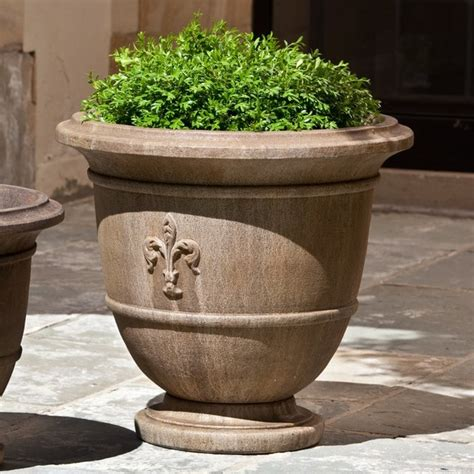 Outdoor Pots and Planters Houzz