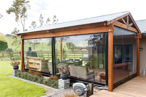 Outdoor Shades and Blinds in NZ Outdoor Window Blinds