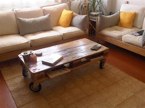 Pallet Coffee Table From Reclaimed Wood 8 Steps with
