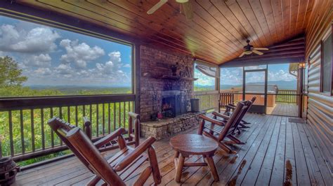 Panoramic Grace An Escape to Blue Ridge Cabin