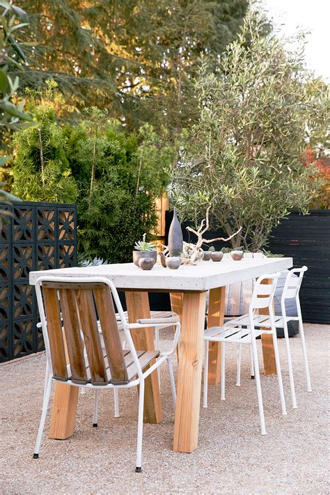 Picnic table Ideas for Outdoor Dining Rooms Sunset