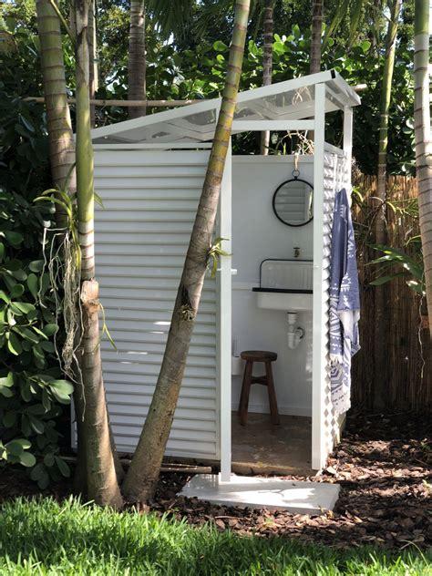 Pool Bathroom Outdoor Shower Design Ideas Pinterest