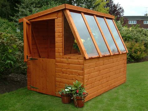 Potting Shed Plans How to build a storage shed