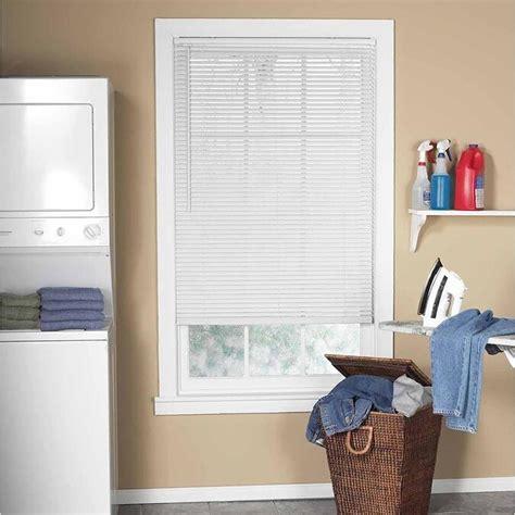 Project Source 1 0 in White Vinyl Light Filtering Door