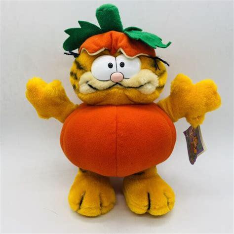 Pumpkin Patch Professor Garfield