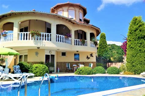 Relaxing Holidays in Lefkada Wonderful villas for rent