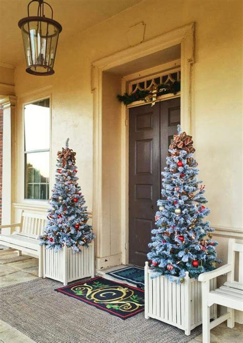 SIMPLE CHRISTMAS FRONT DOOR IDEAS Finding Home Farms