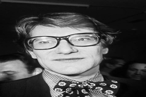 Saks Boutique Yves Saint Laurent