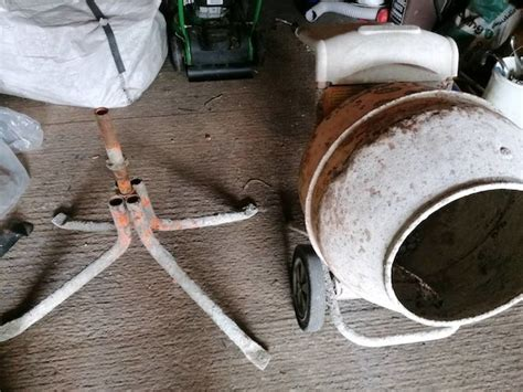 Second hand Habitat Dining Table in Ireland 31 used