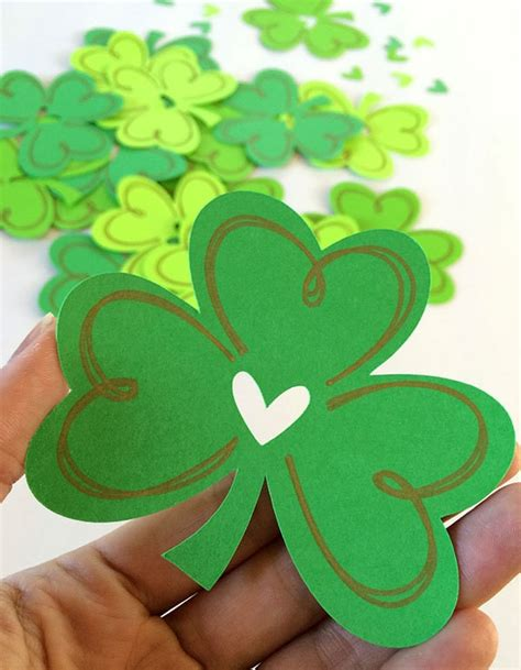 Shamrock Cut File and Free Printable 100 Directions