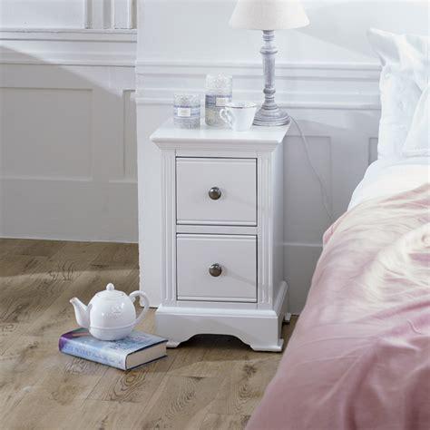 Slim Bedside Table White designatian