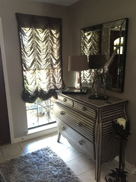 SmartLooks Window Wall Decor Blinds Shades Shutters