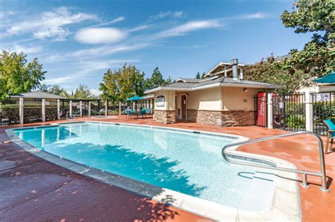 Sommerset Peabody Road Vacaville CA Apartments for