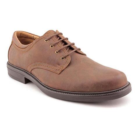 St Johns Bay Men s 016 Man Made Dress Shoes Size 9
