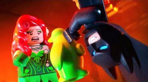 THE LEGO BATMAN MOVIE Extended Clip Villains vs Batman