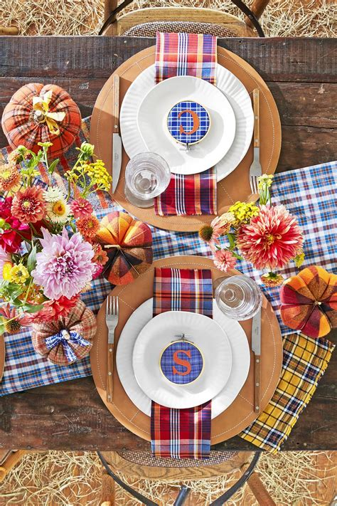Thanksgiving table setting ideas Country Living Magazine
