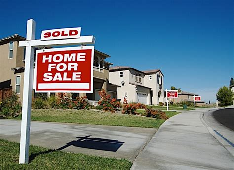The Risks Of Selling A Rental Property With A Tenant