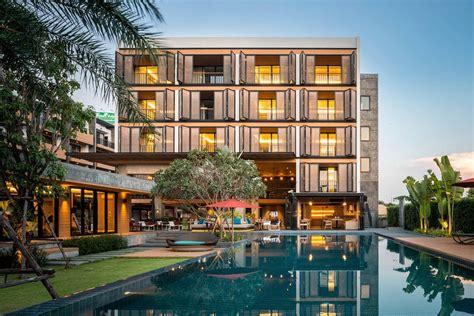 The Silver Palm Rama 9 Bangkok