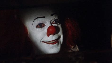 Tim Curry s Pennywise Spotted in Latest It Trailer io9