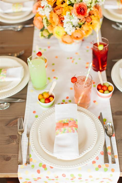 Top 12 Table Settings for Your Mother s Day Table Homedit