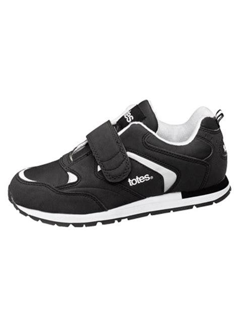 Totes Men s Walking Shoes CarolWrightGifts