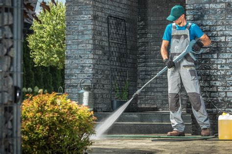 Treoss Cleaning Services janitorial pressure washing