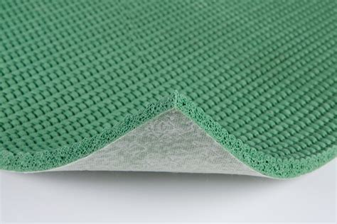 Types of Carpet Padding From Waffle Rubber to Urethane Foam