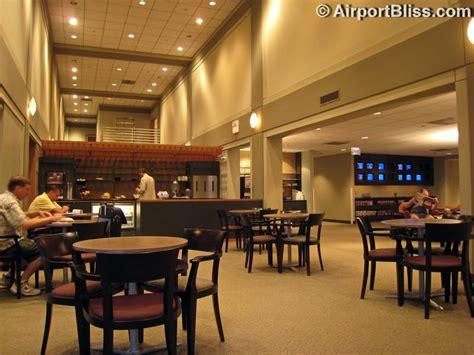 United Club Washington DC Dulles International IAD