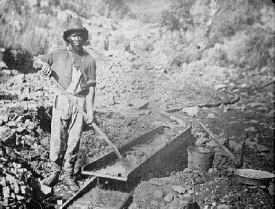 Using A Sluice Box to Find Gold Nevada Outback