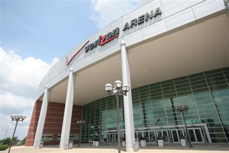 Arena Giletti image 18