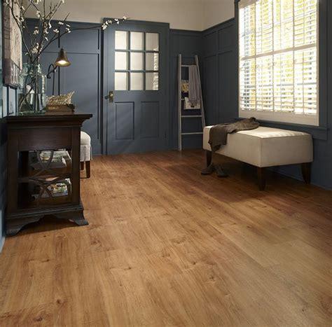 Vermont Maple 20450 Luxury Vinyl Plank Flooring IVC US