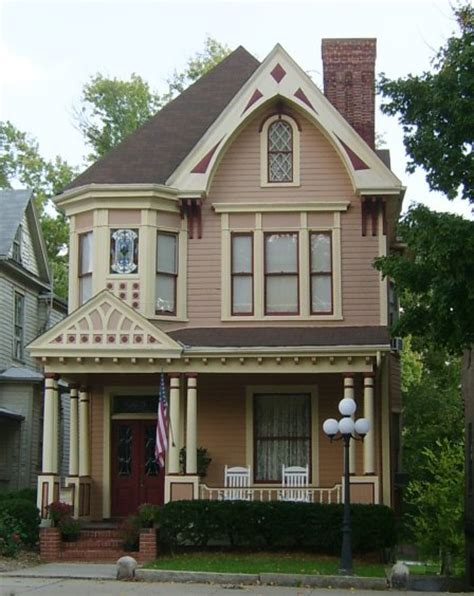 Virginia Victorian Revival Old House Web