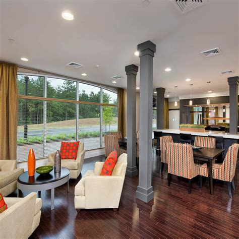 Westchester at the Pavilions Luxury Apartments in Waldorf