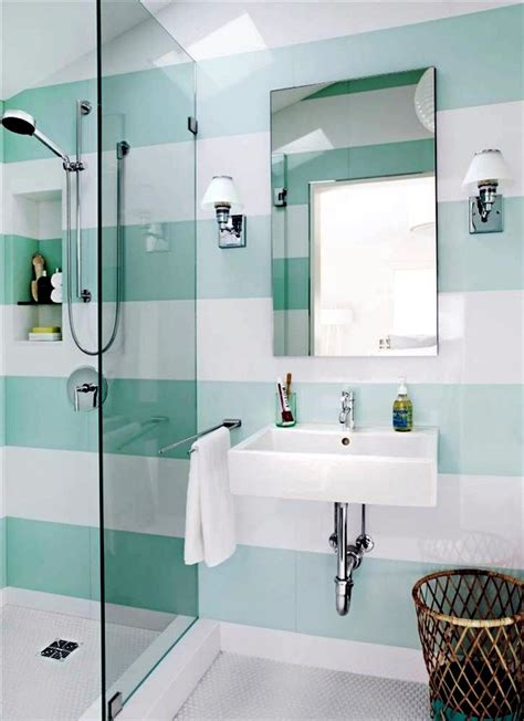 What size floor tile to make bathroom look larger Houzz