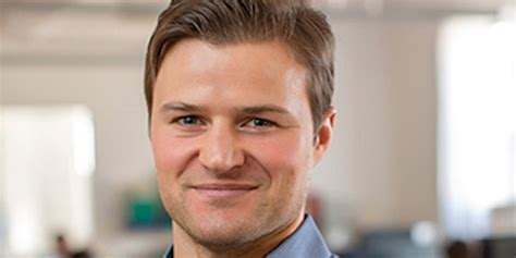 Why executives read before bed Business Insider