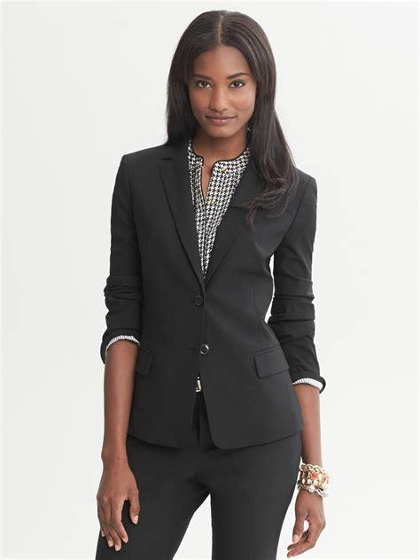 Women s Business Attire Suits Blazers Banana Republic