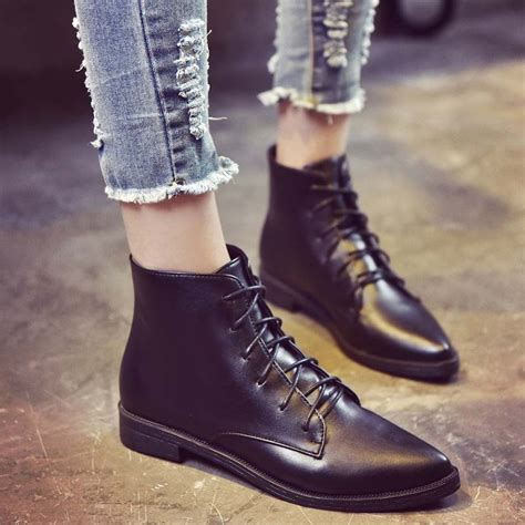 Women s ankle boots flat ankle and lace up Tod s Store