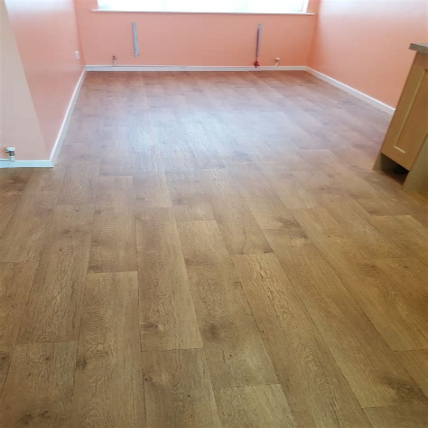 Wood effect vinyl flooring FlooringSupplies